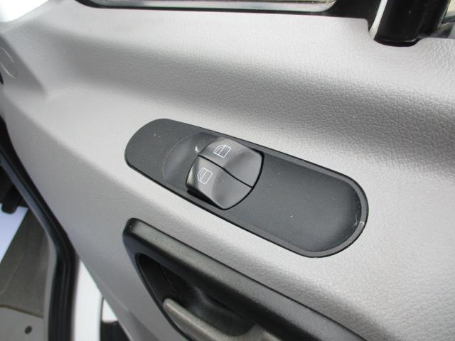 2018 Mercedes-Benz Sprinter 314 MWB H/R VAN EURO 6 (KT67XNO) Image 17