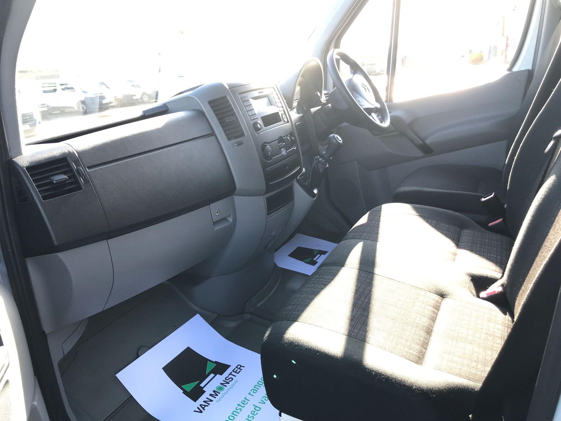 2018 Mercedes-Benz Sprinter 3.5T High Roof Van (KT67XPM) Image 21