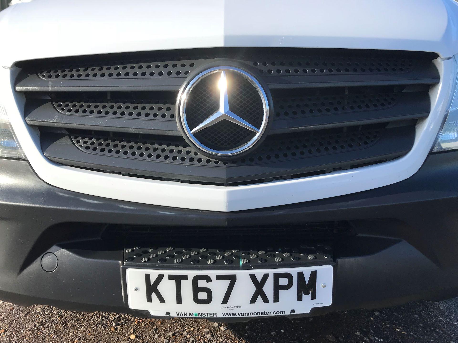 2018 Mercedes-Benz Sprinter 3.5T High Roof Van (KT67XPM) Image 14