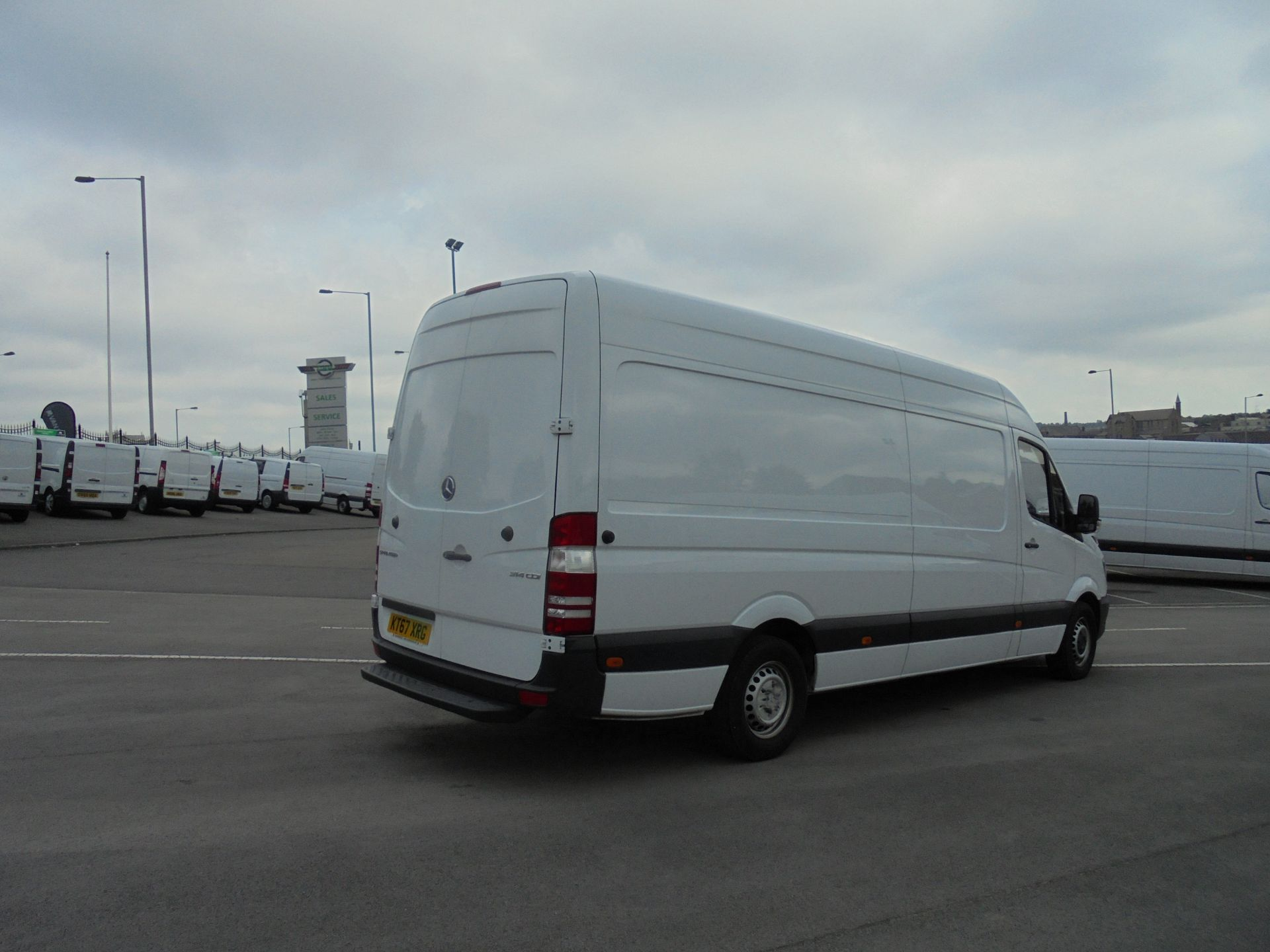 2018 Mercedes-Benz Sprinter 3.5T High Roof Van (KT67XRG) Image 5