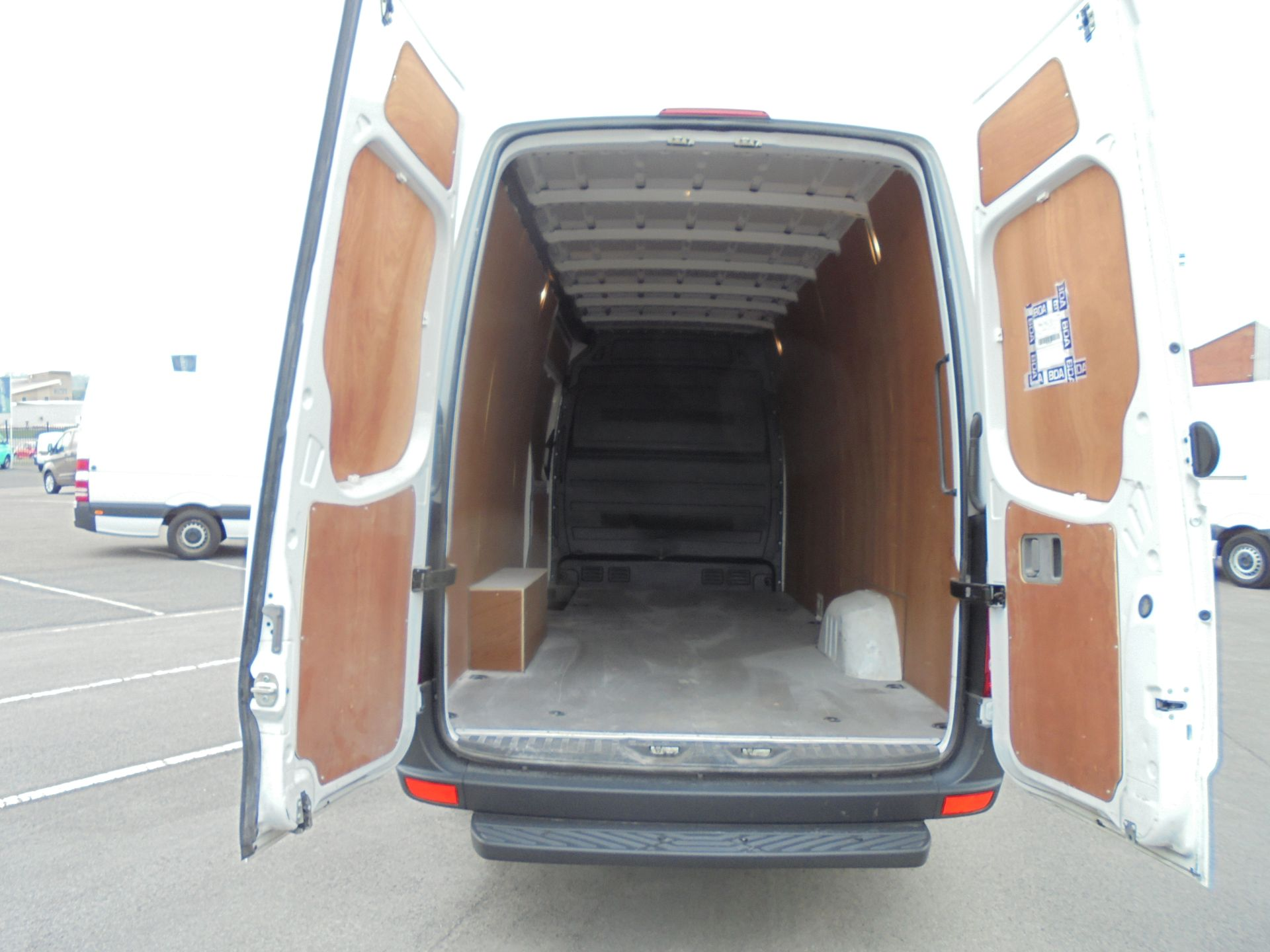 2018 Mercedes-Benz Sprinter 3.5T High Roof Van (KT67XRG) Image 8
