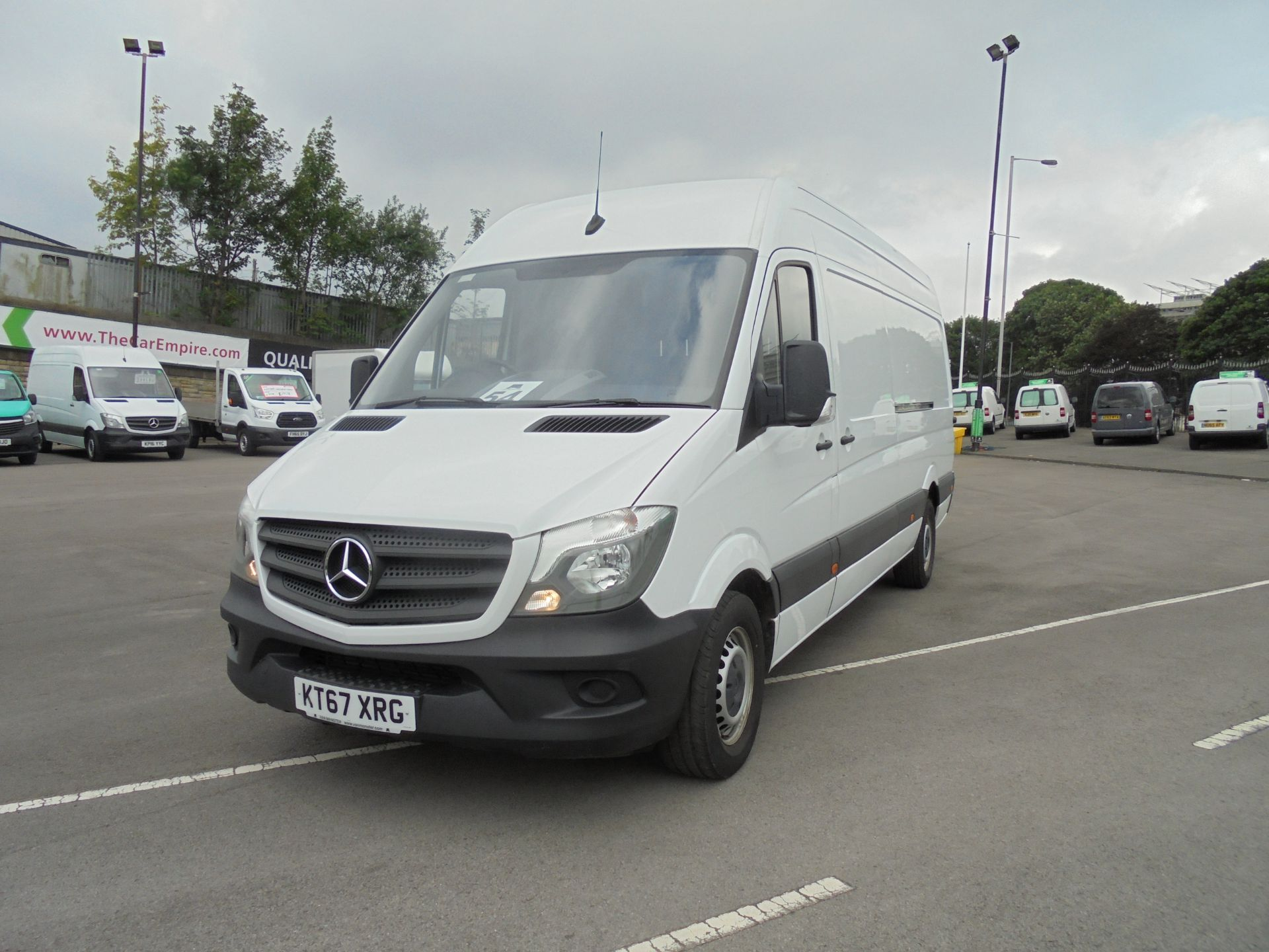 2018 Mercedes-Benz Sprinter 3.5T High Roof Van (KT67XRG) Image 1