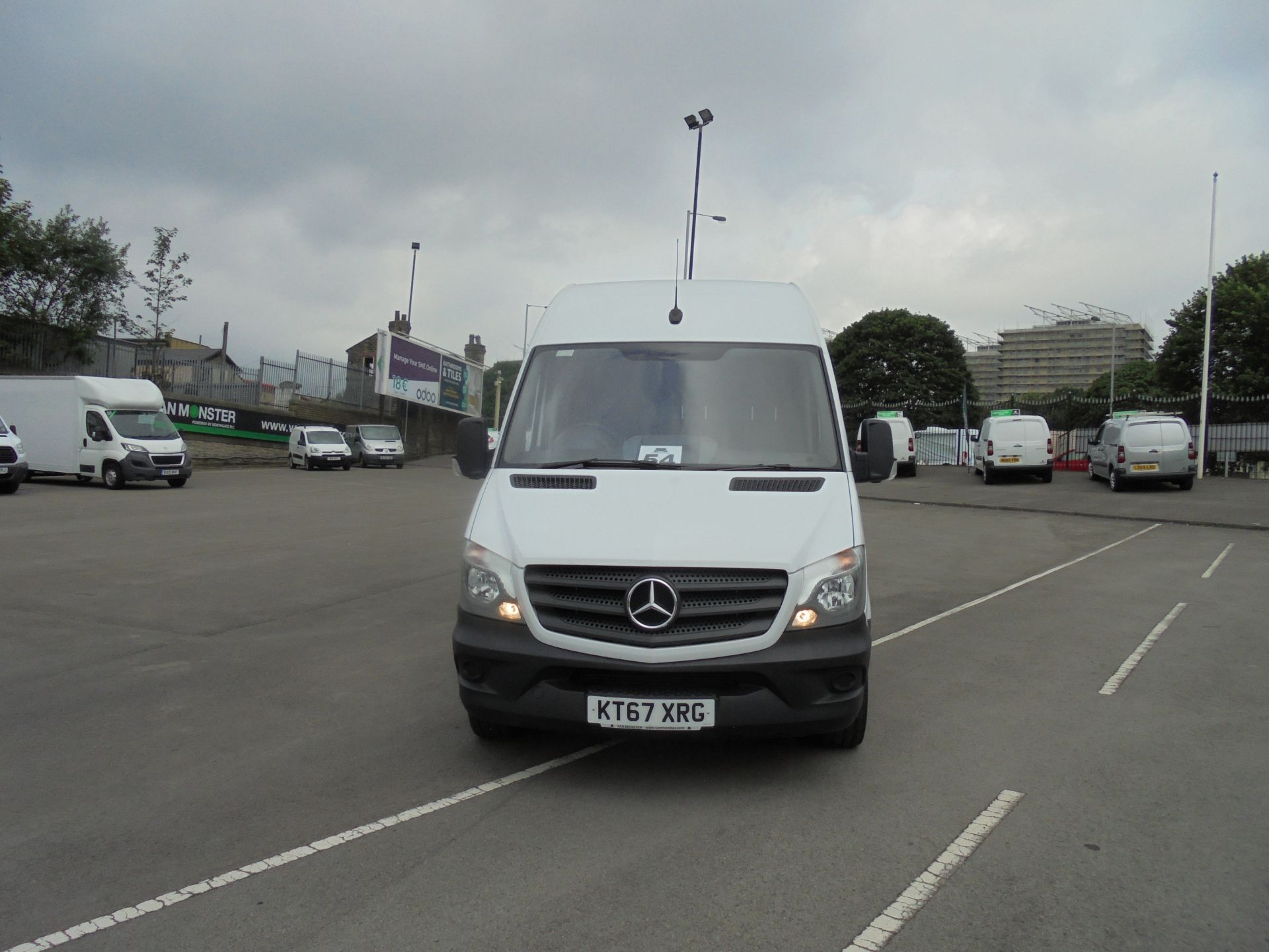 2018 Mercedes-Benz Sprinter 3.5T High Roof Van (KT67XRG) Image 2