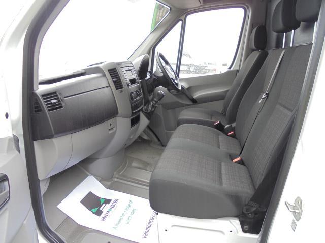 2018 Mercedes-Benz Sprinter 3.5T High Roof Van (KT67XRG) Image 15