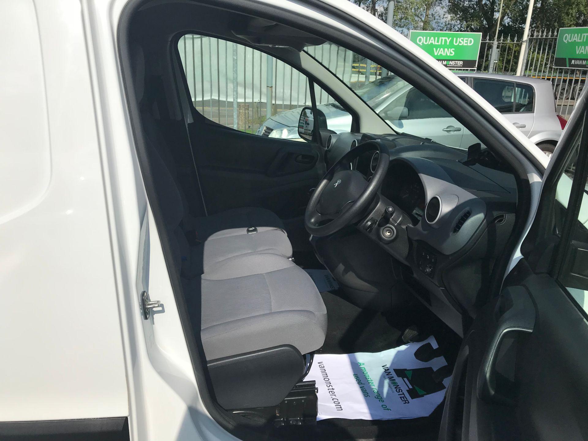 2016 Peugeot Partner L1 850 1.6 BLUEHDI 100  3 SEATER PROFESSIONAL (NON S/S) EURO 6 (KU16DGX) Image 11