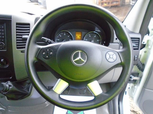 2016 Mercedes-Benz Sprinter 314 MWB VAN EURO 6 (KU16GXC) Image 16