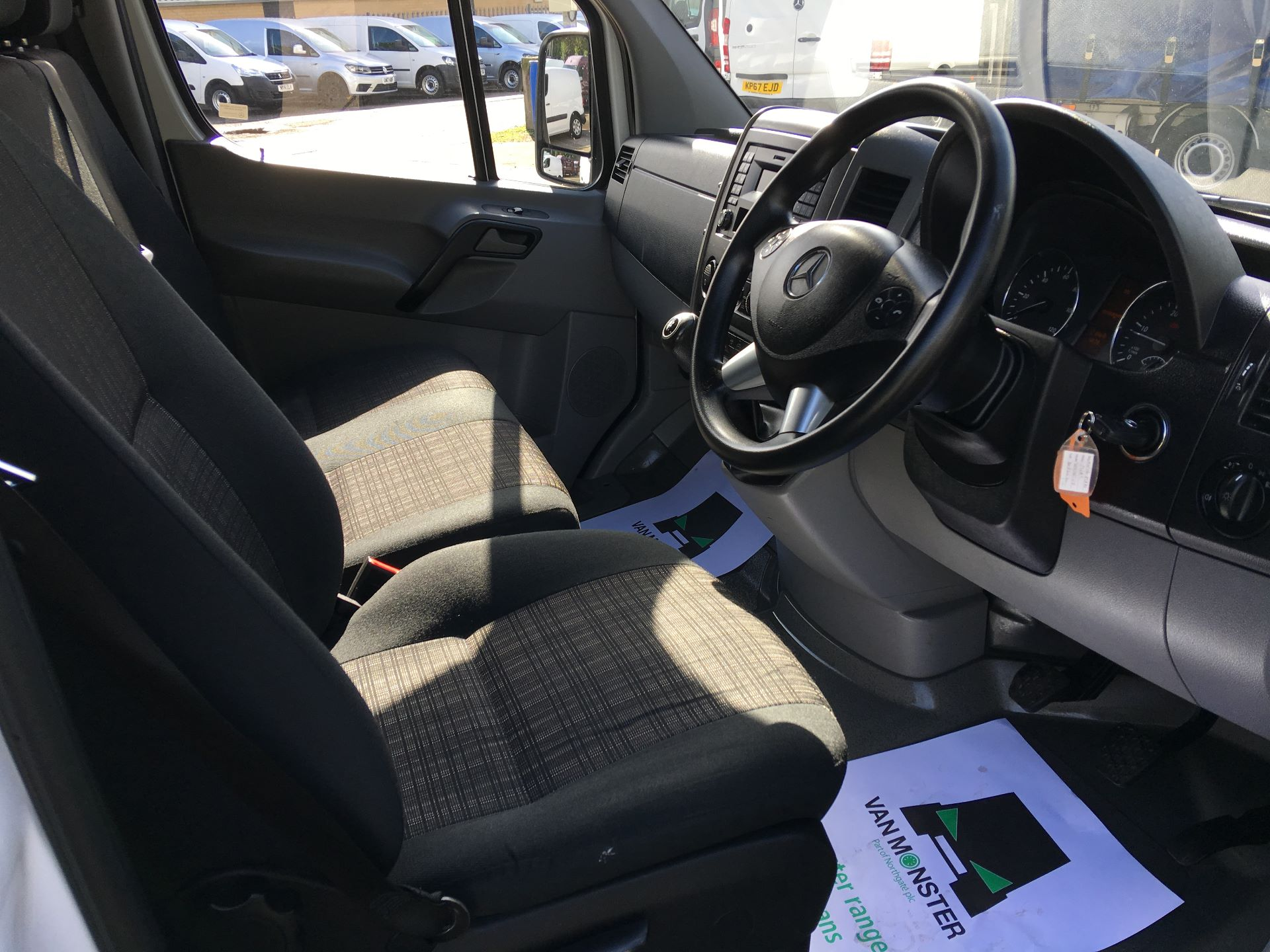 2016 Mercedes-Benz Sprinter 314 CDI MWB HIGH ROOF VAN EURO 6 (KU16MVN) Image 2