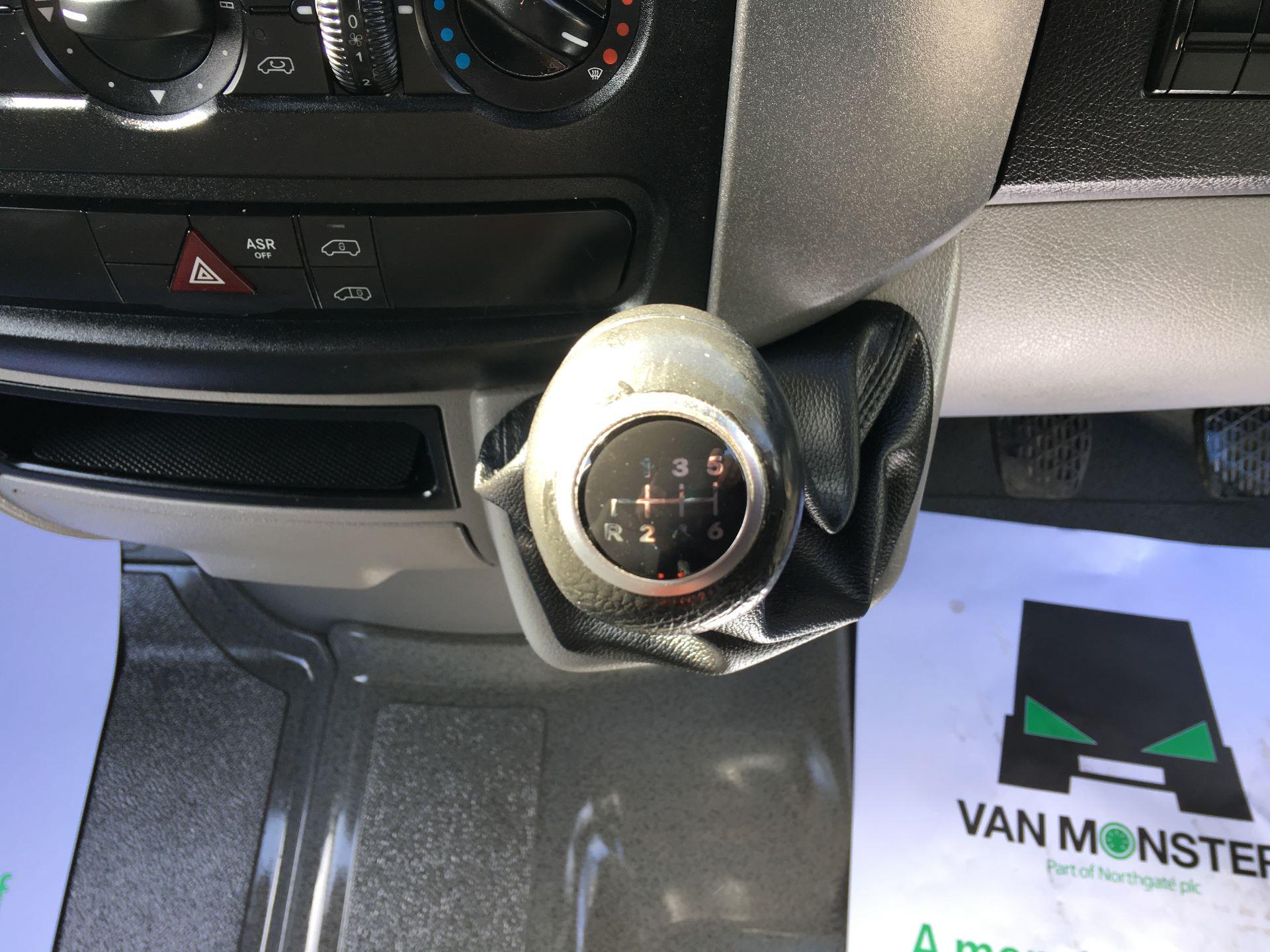 2016 Mercedes-Benz Sprinter 314 CDI MWB HIGH ROOF VAN EURO 6 (KU16MVN) Image 4