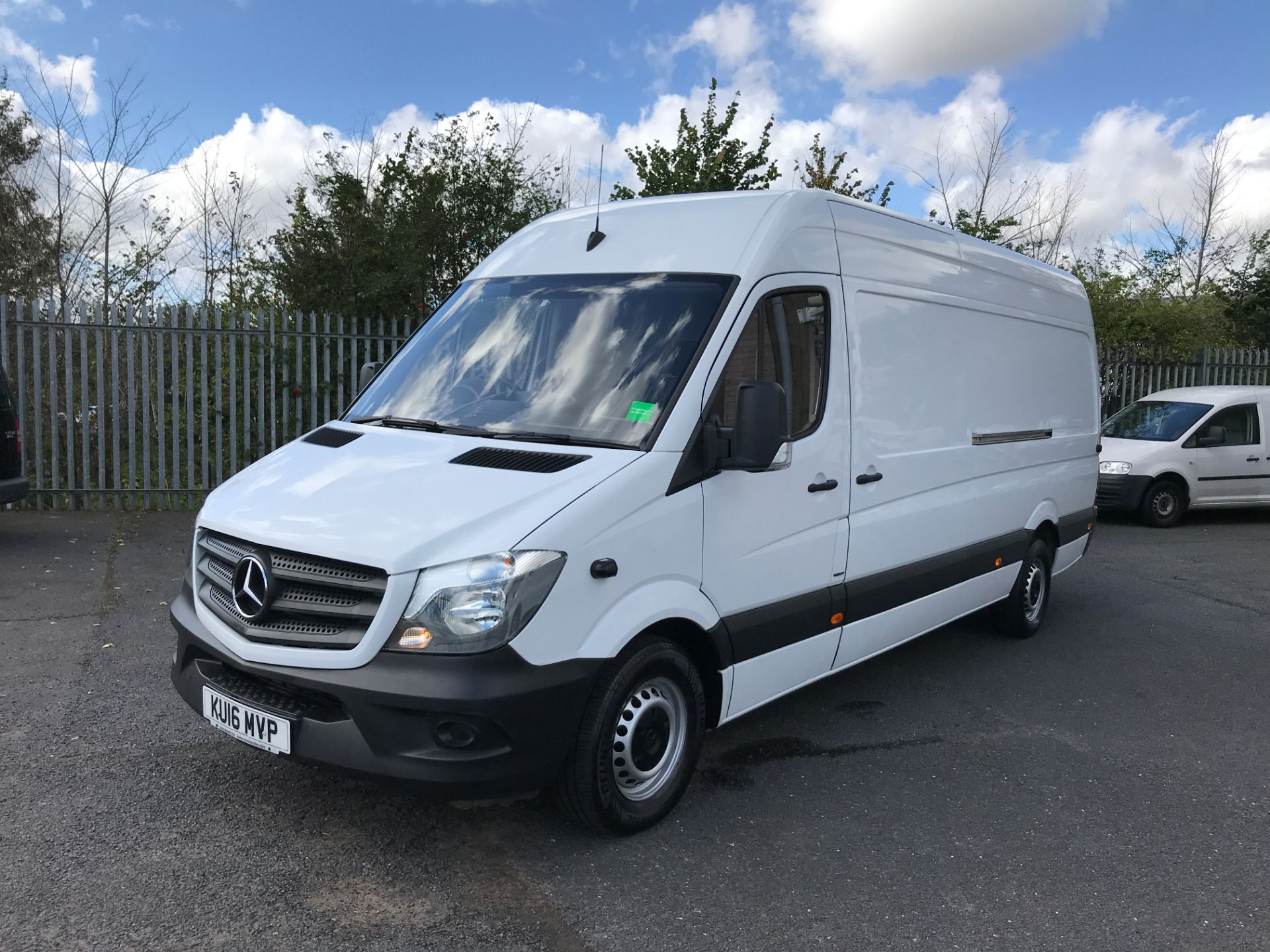 2016 Mercedes-Benz Sprinter 314CDI LWB HIGH ROOF 140PS EURO 6 (KU16MVP) Image 13