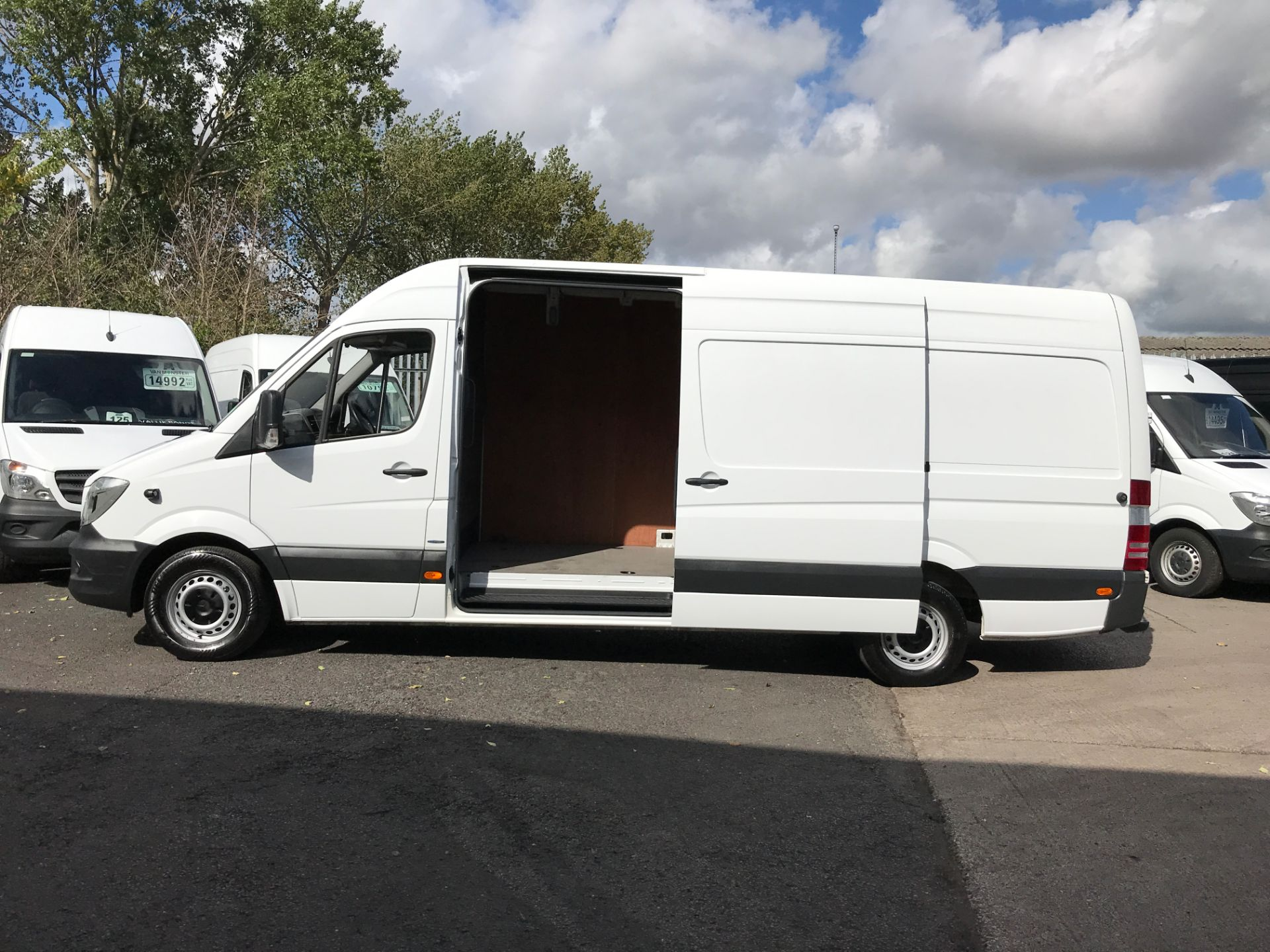 2016 Mercedes-Benz Sprinter 314CDI LWB HIGH ROOF 140PS EURO 6 (KU16MVP) Image 17