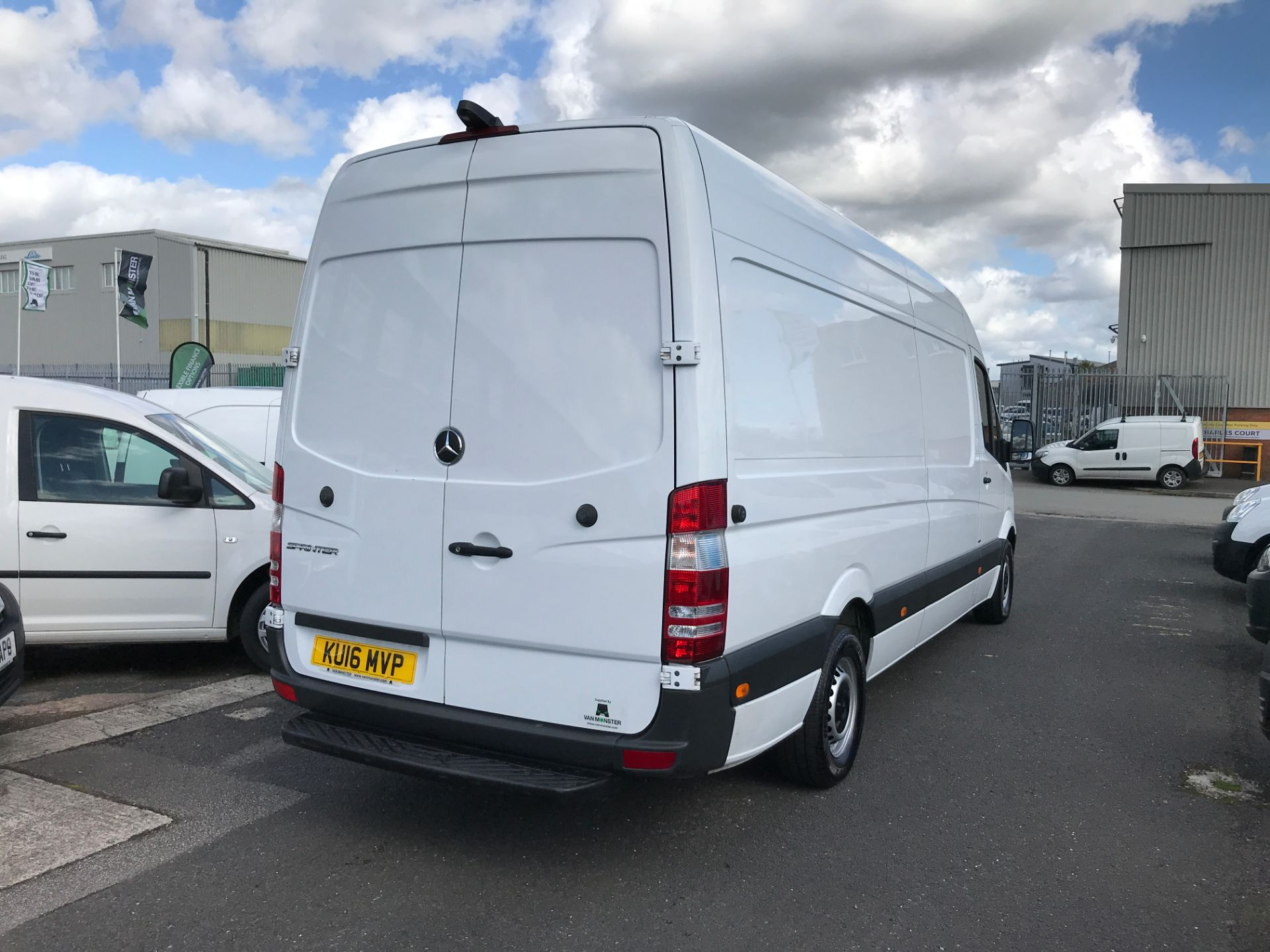 2016 Mercedes-Benz Sprinter 314CDI LWB HIGH ROOF 140PS EURO 6 (KU16MVP) Image 8