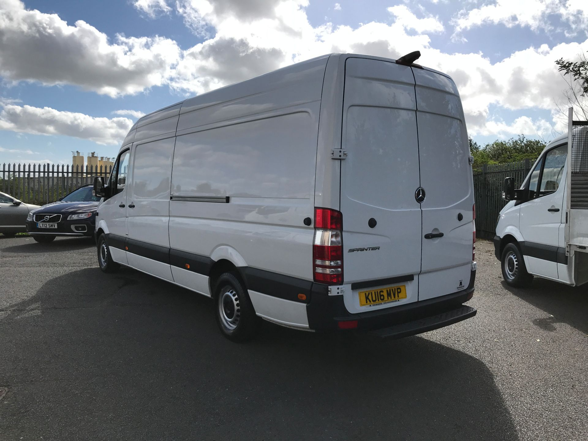2016 Mercedes-Benz Sprinter 314CDI LWB HIGH ROOF 140PS EURO 6 (KU16MVP) Image 10
