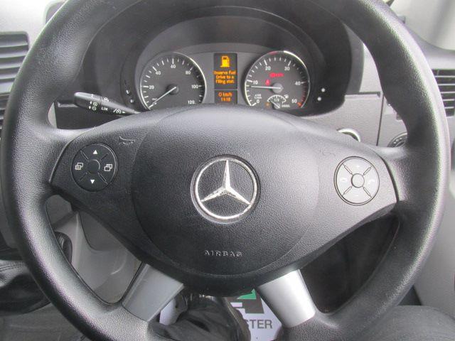 2016 Mercedes-Benz Sprinter 314 CDi MWB High Roof 3.5T Van (KU16MVW) Image 4
