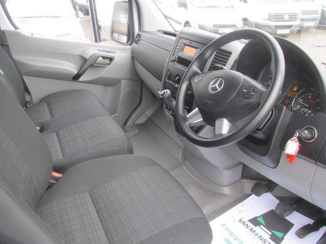 2016 Mercedes-Benz Sprinter 314 CDi MWB High Roof 3.5T Van (KU16MVW) Image 7