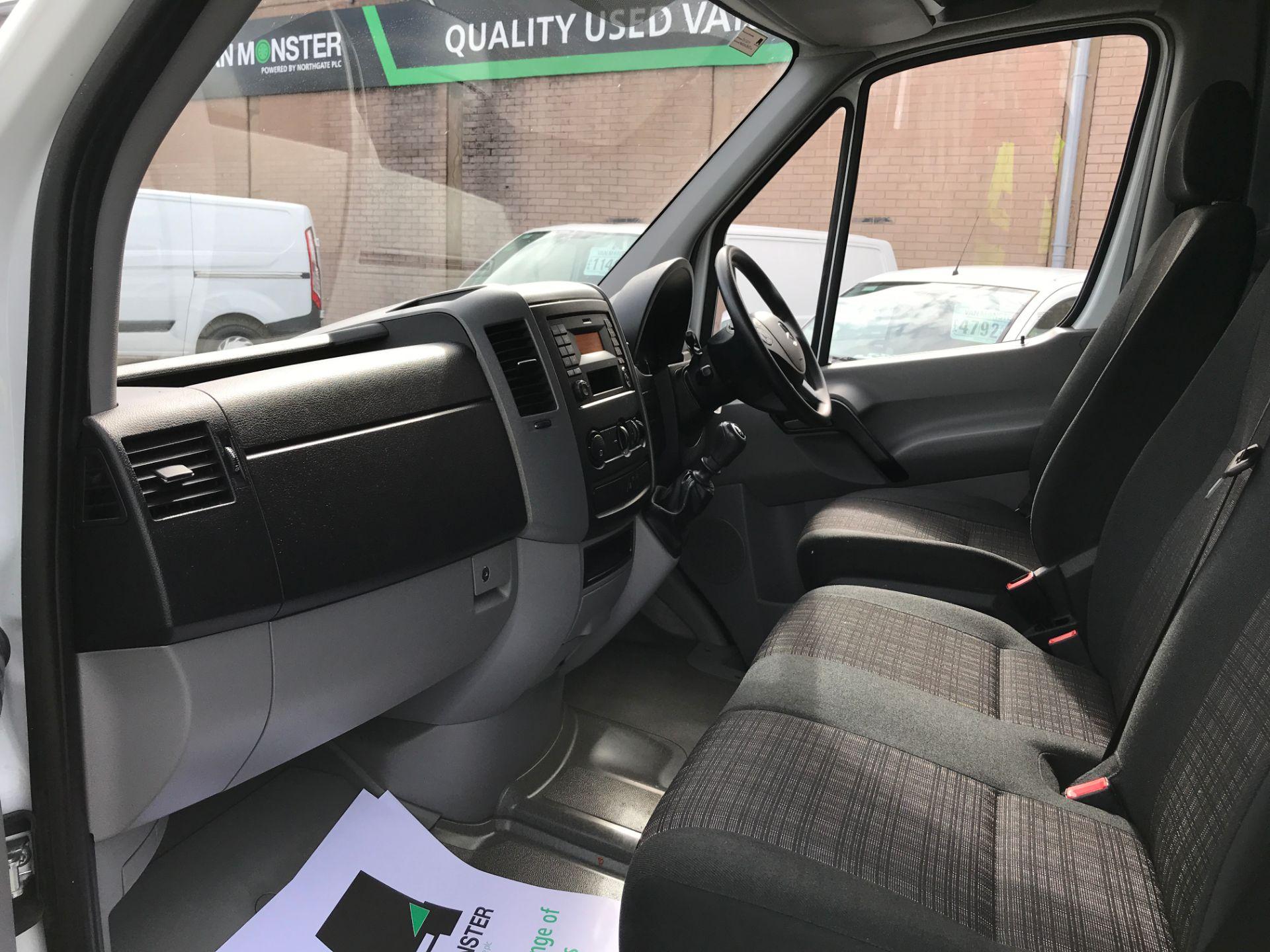 2016 Mercedes-Benz Sprinter 314CDI MWB HIGH ROOF 140PS EURO 6 (KU16MXK) Image 12