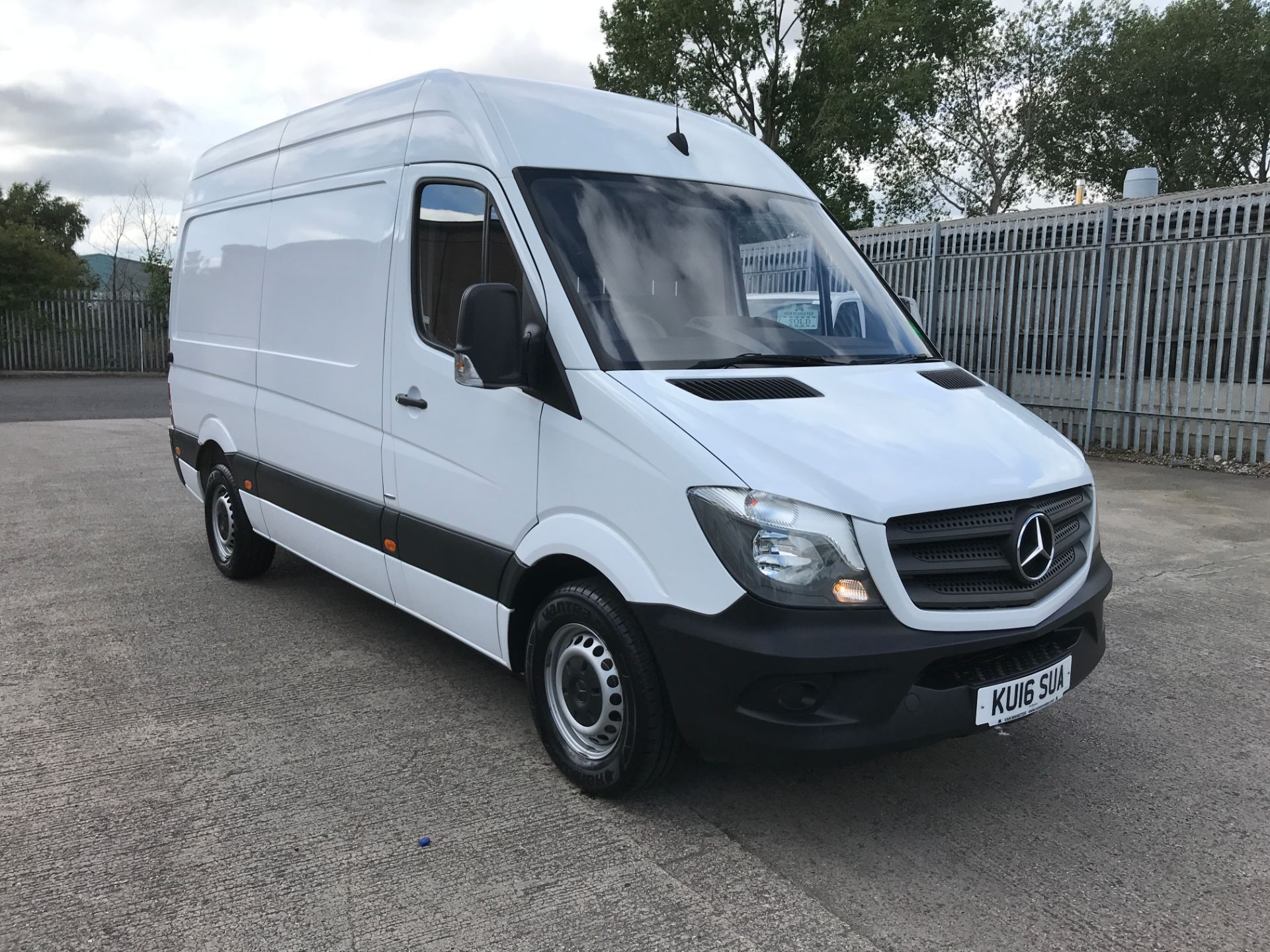 2016 Mercedes-Benz Sprinter 314CDI MWB HIGH ROOF BLUE EFFICIENCY 140PS EURO 6 (KU16SUA)