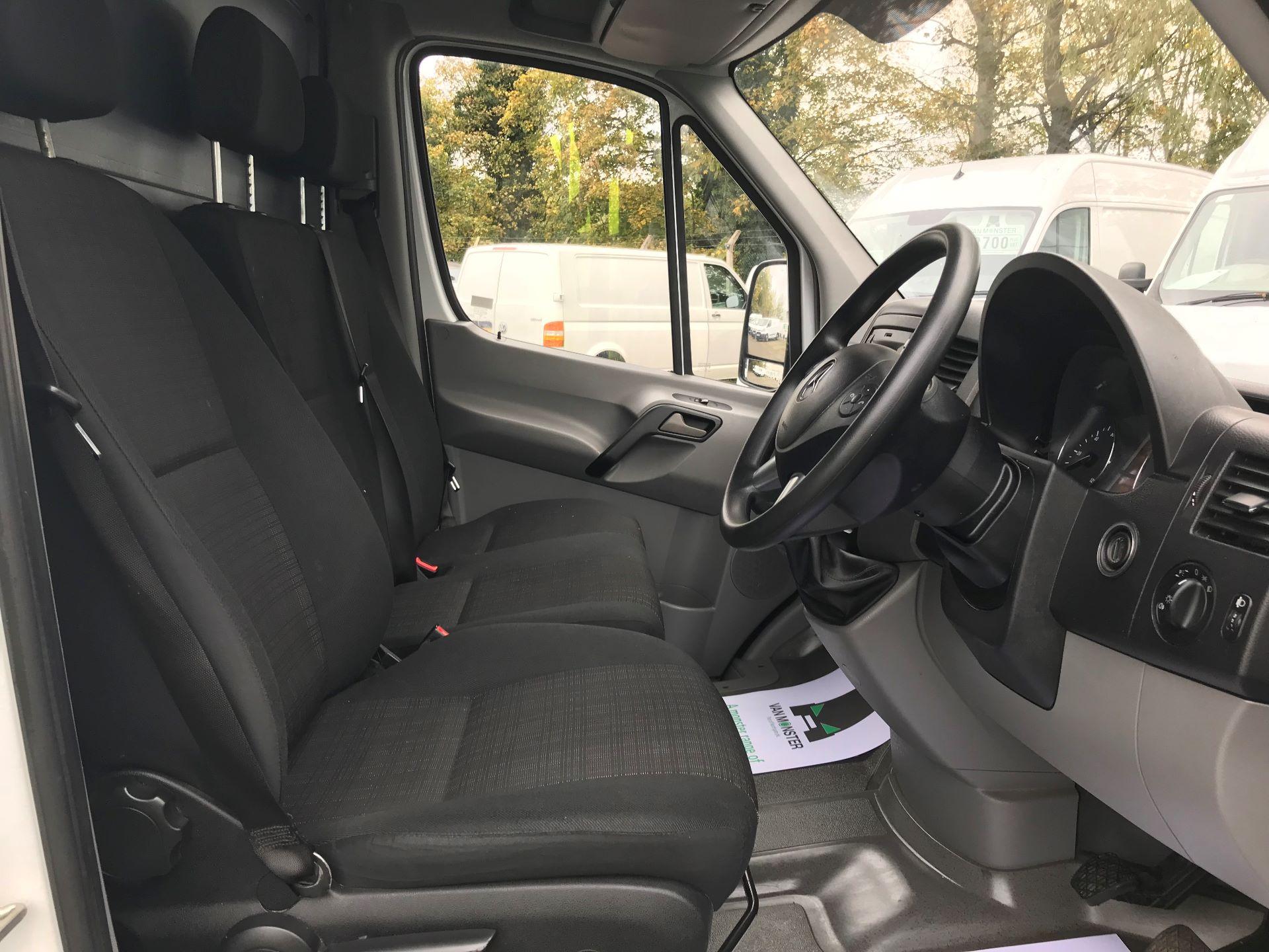 2016 Mercedes-Benz Sprinter 314 MWB H/R VAN EURO 6 (KU16SVS) Image 24