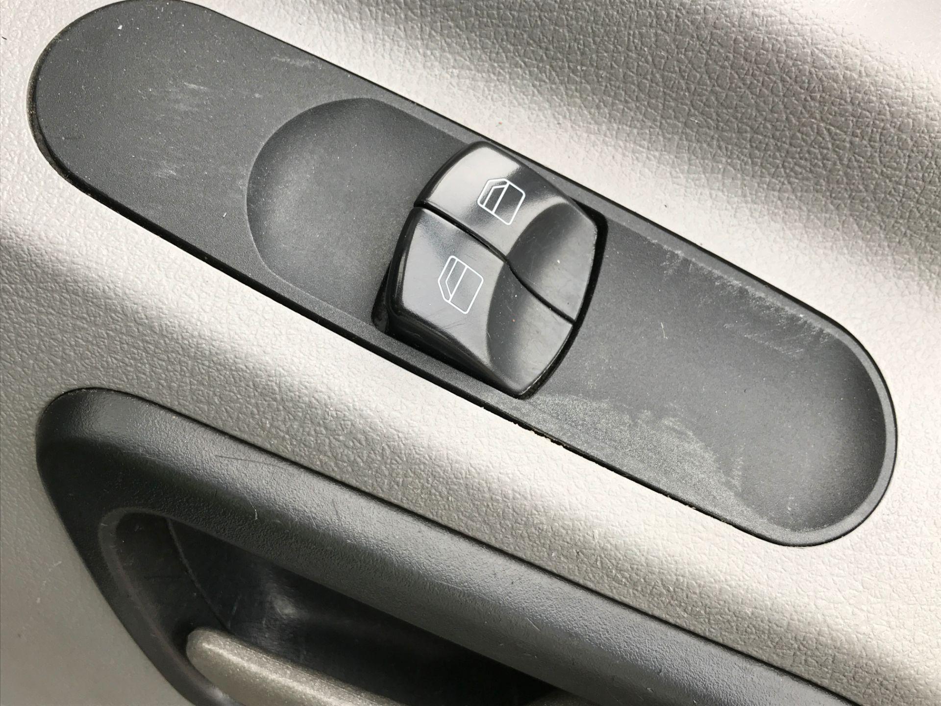 2017 Mercedes-Benz Sprinter 314CDI LWB HIGH ROOF 140PS EURO 6 (KU17DDB) Image 23