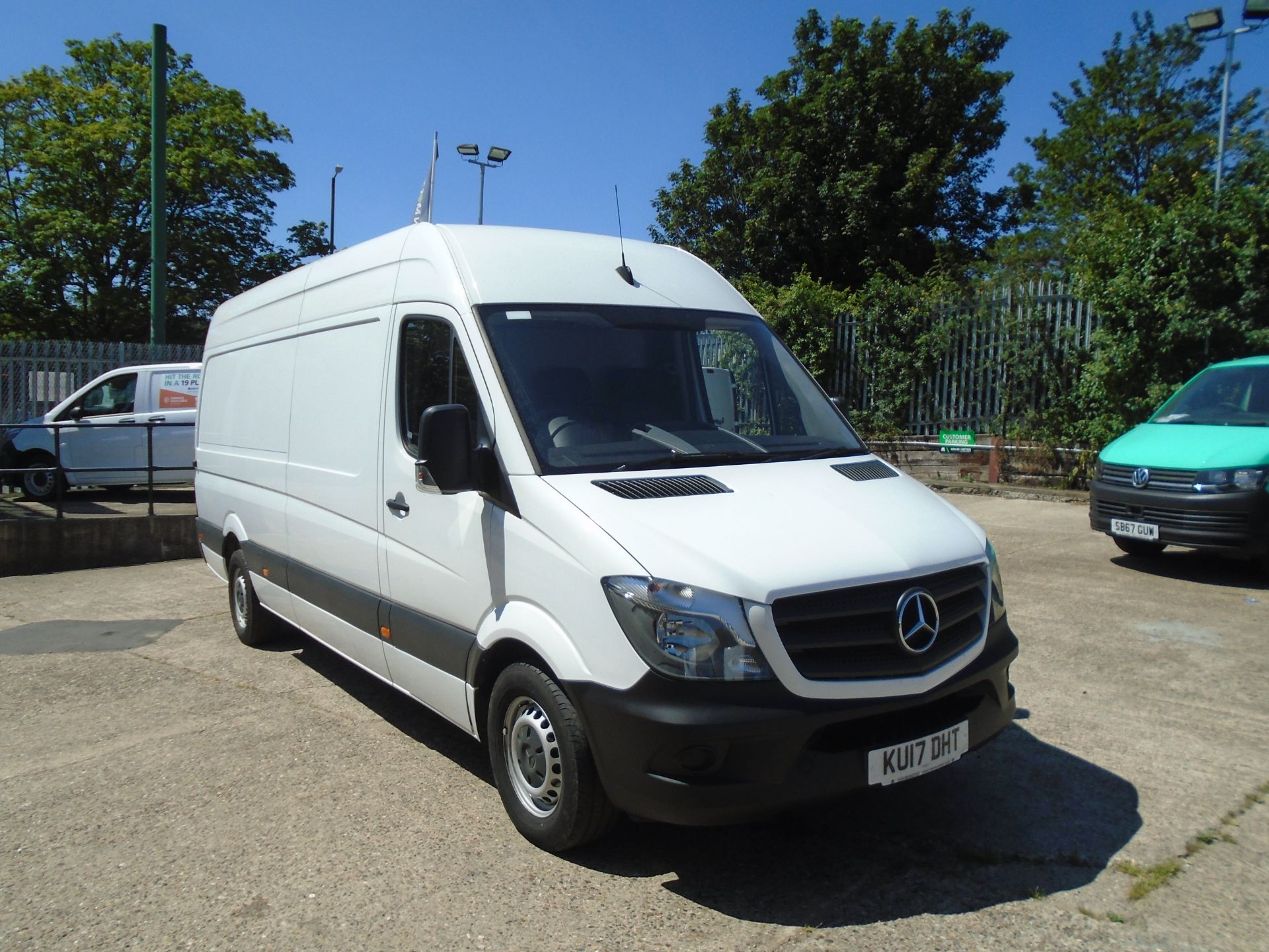 2017 Mercedes-Benz Sprinter 3.5T High Roof Van (KU17DHT)