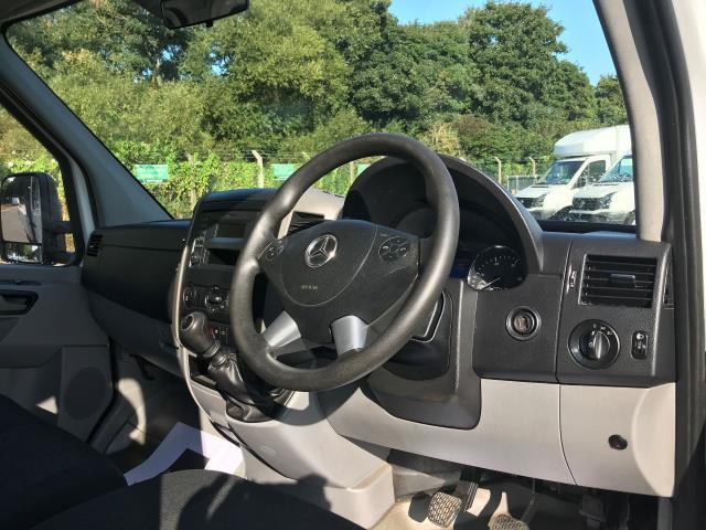 2017 Mercedes-Benz Sprinter 314 CDI 3.5T TIPPER CREW CAB 140PS EURO 6 (KU17HMV) Image 16