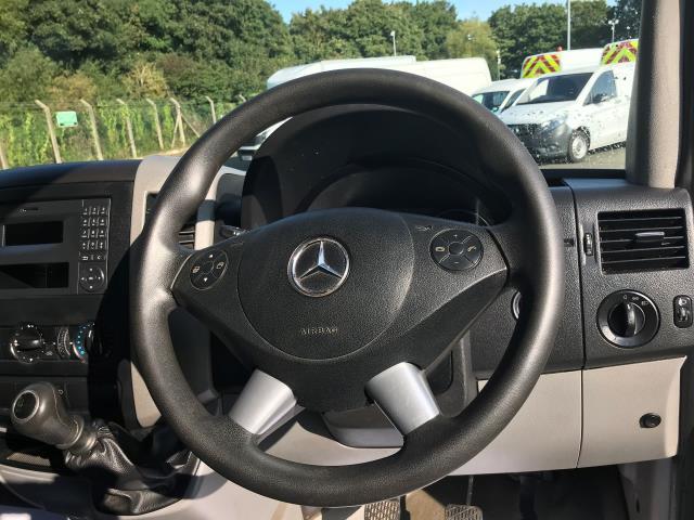 2017 Mercedes-Benz Sprinter 314 CDI 3.5T TIPPER CREW CAB 140PS EURO 6 (KU17HMV) Image 17