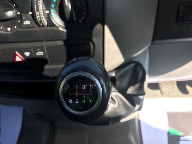 2017 Mercedes-Benz Sprinter 314 CDI 3.5T TIPPER CREW CAB 140PS EURO 6 (KU17HMV) Image 21