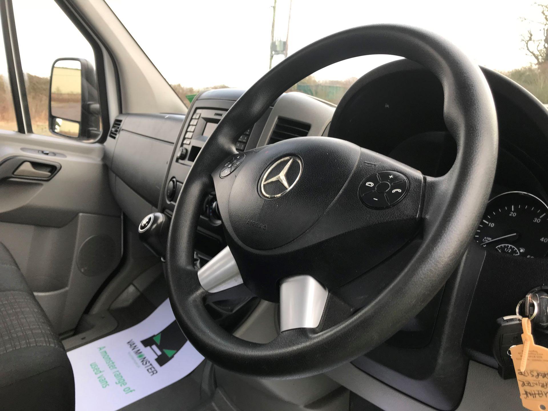 2017 Mercedes-Benz Sprinter 314 LWB DROP SIDE EURO 6 (KU17HNF) Image 17