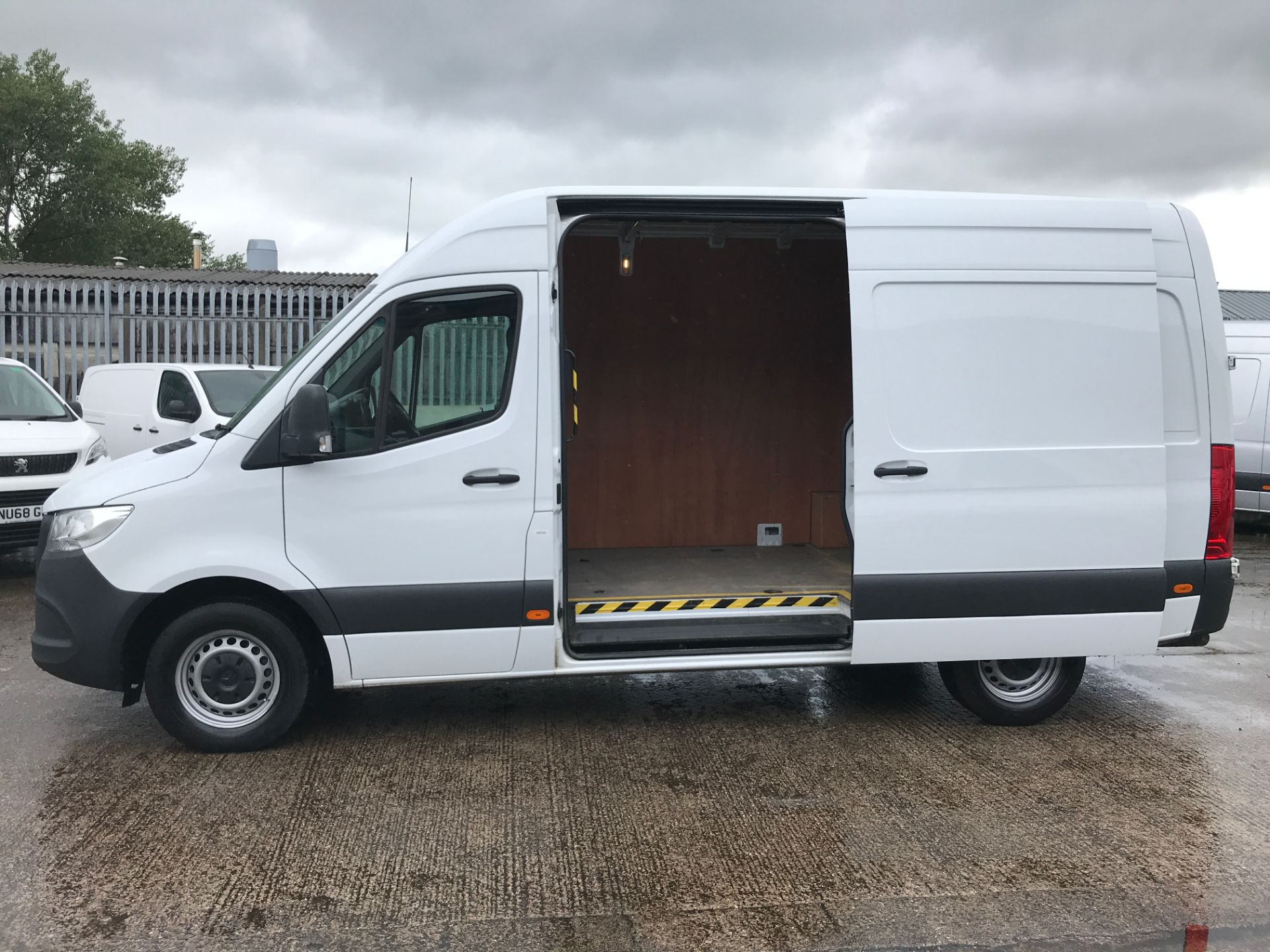2018 Mercedes-Benz Sprinter 314CDI L2 H2 140PS EURO 6 (KU68DYT) Thumbnail 6