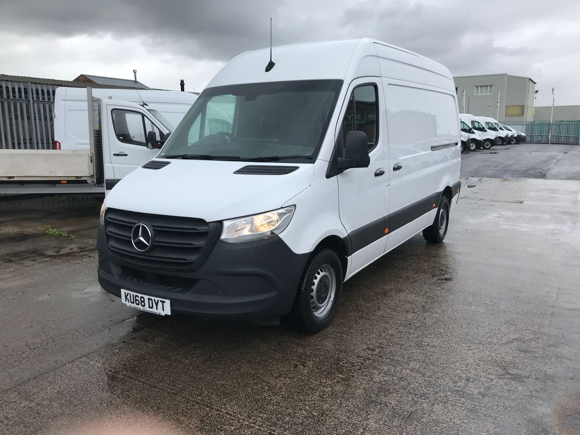 2018 Mercedes-Benz Sprinter 314CDI L2 H2 140PS EURO 6 (KU68DYT) Thumbnail 3