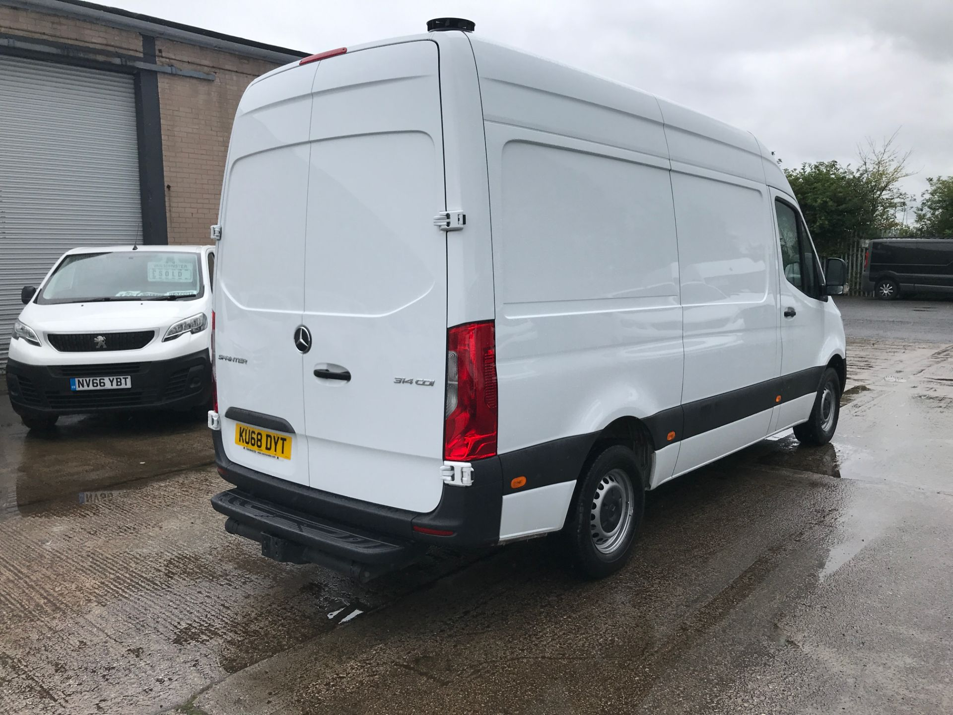 2018 Mercedes-Benz Sprinter 314CDI L2 H2 140PS EURO 6 (KU68DYT) Thumbnail 13