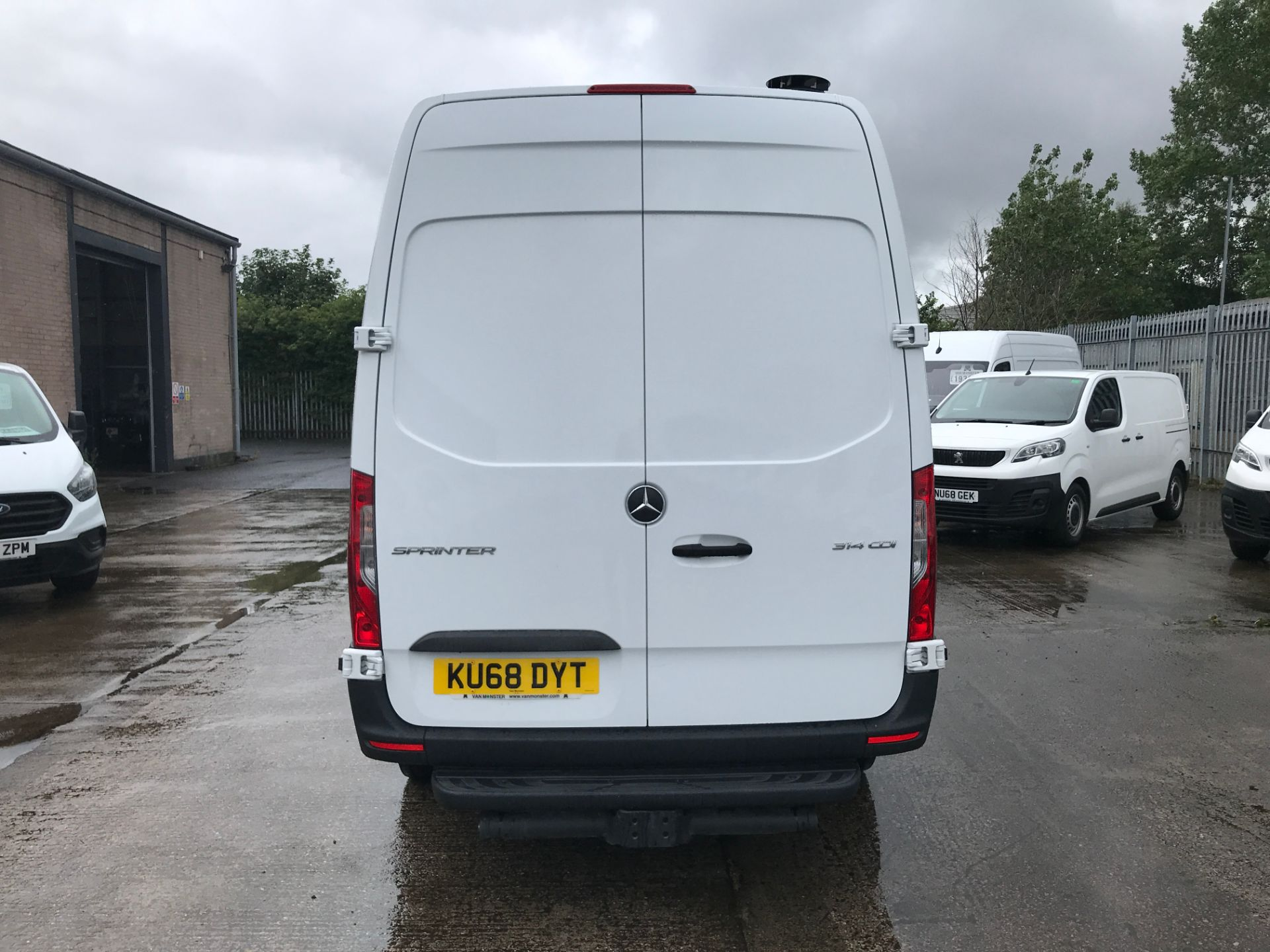2018 Mercedes-Benz Sprinter 314CDI L2 H2 140PS EURO 6 (KU68DYT) Thumbnail 8