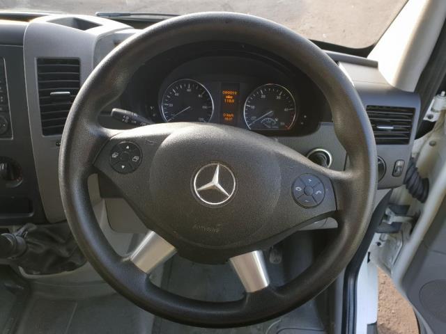 2016 Mercedes-Benz Sprinter 313 CDI LWB DIESEL 3.5T LUTON VAN EURO 5 (KV16XAN) Image 14