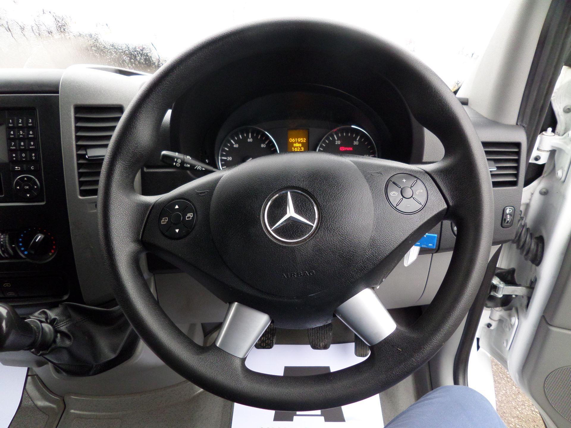 2017 Mercedes-Benz Sprinter 314 MWB Euro 6 (KV17FYZ) Image 16