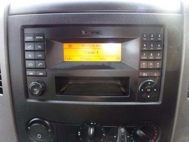 2017 Mercedes-Benz Sprinter 314CDi LWB Crew Cab Tipper  (KV17GAX) Image 3
