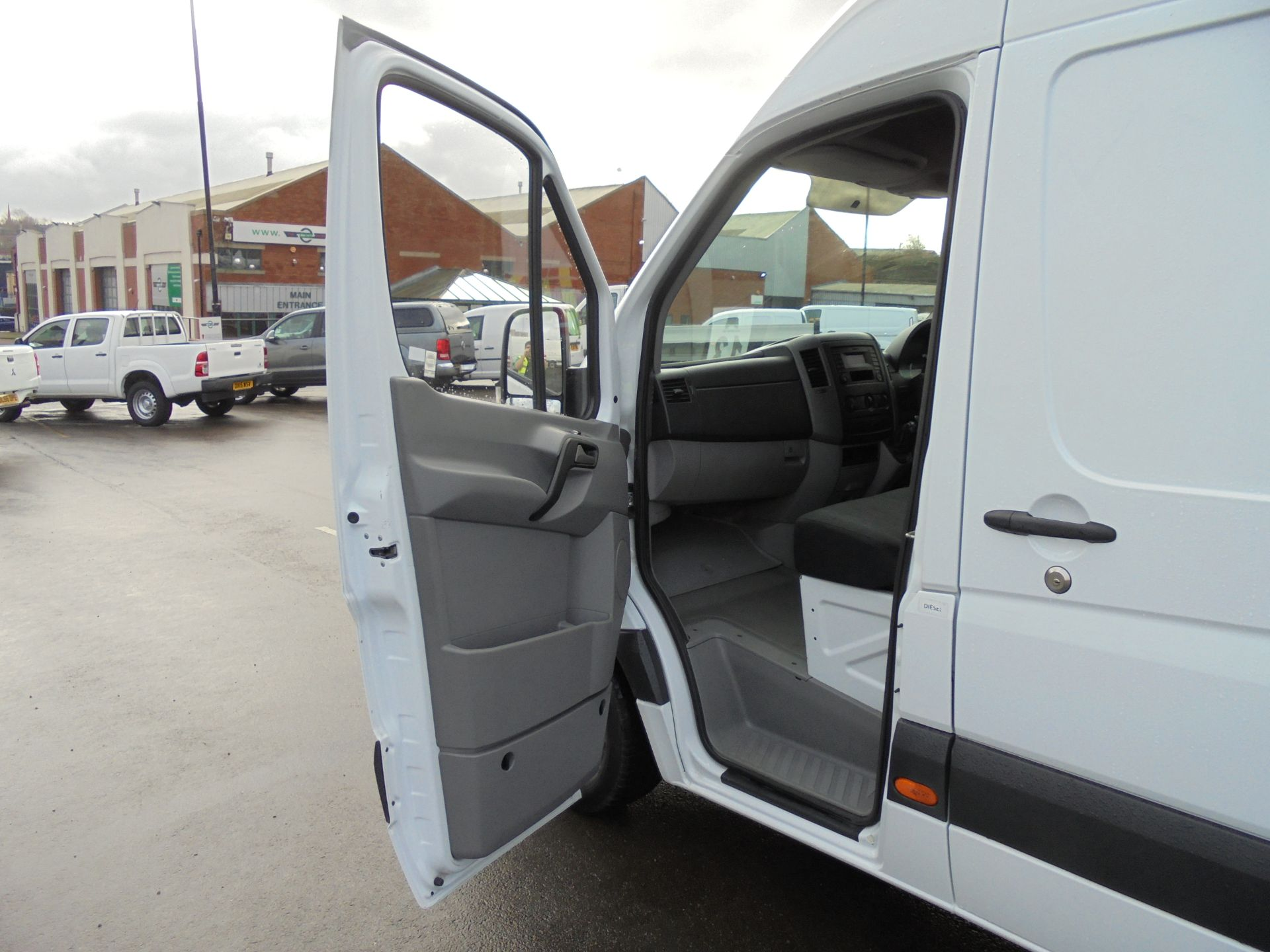2017 Mercedes-Benz Sprinter 314 CDI 3.5T High Roof Van (KV17GCX) Image 23