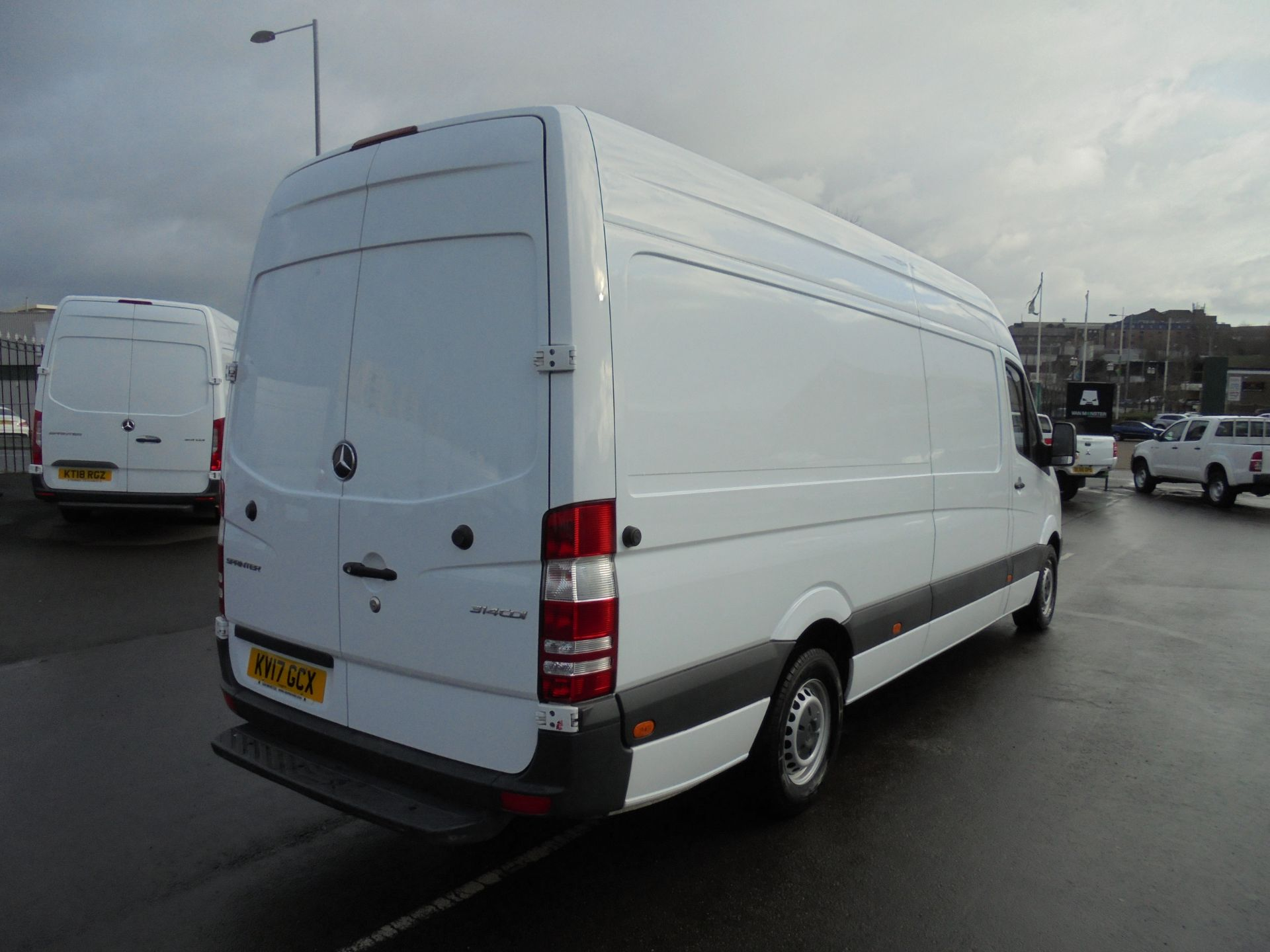 2017 Mercedes-Benz Sprinter 314 CDI 3.5T High Roof Van (KV17GCX) Image 7