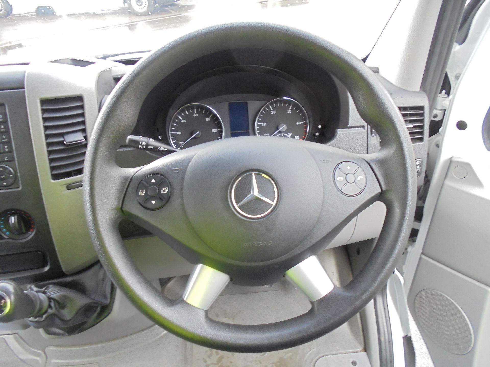 2017 Mercedes-Benz Sprinter 3.5T  MWB High Roof Van (KV17GGA) Image 13