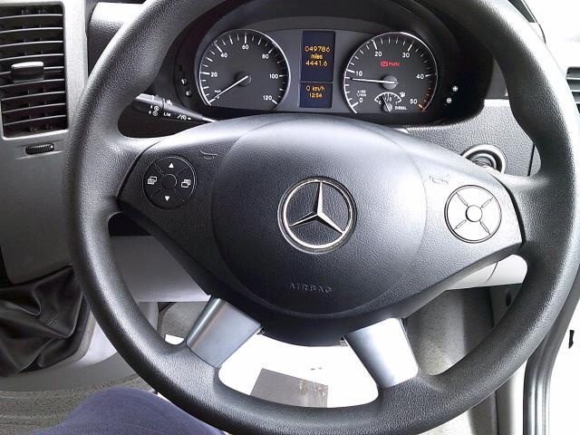 2018 Mercedes-Benz Sprinter 3.5T High Roof Van (KV18WLD) Image 5