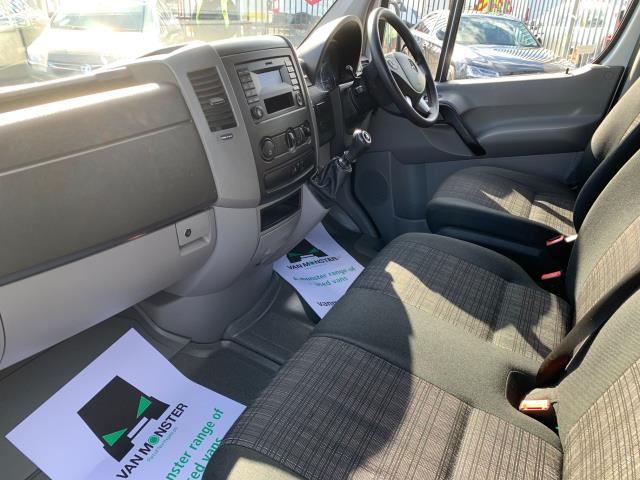 2018 Mercedes-Benz Sprinter 3.5T High Roof Van LWB (KV18ZRN) Image 4