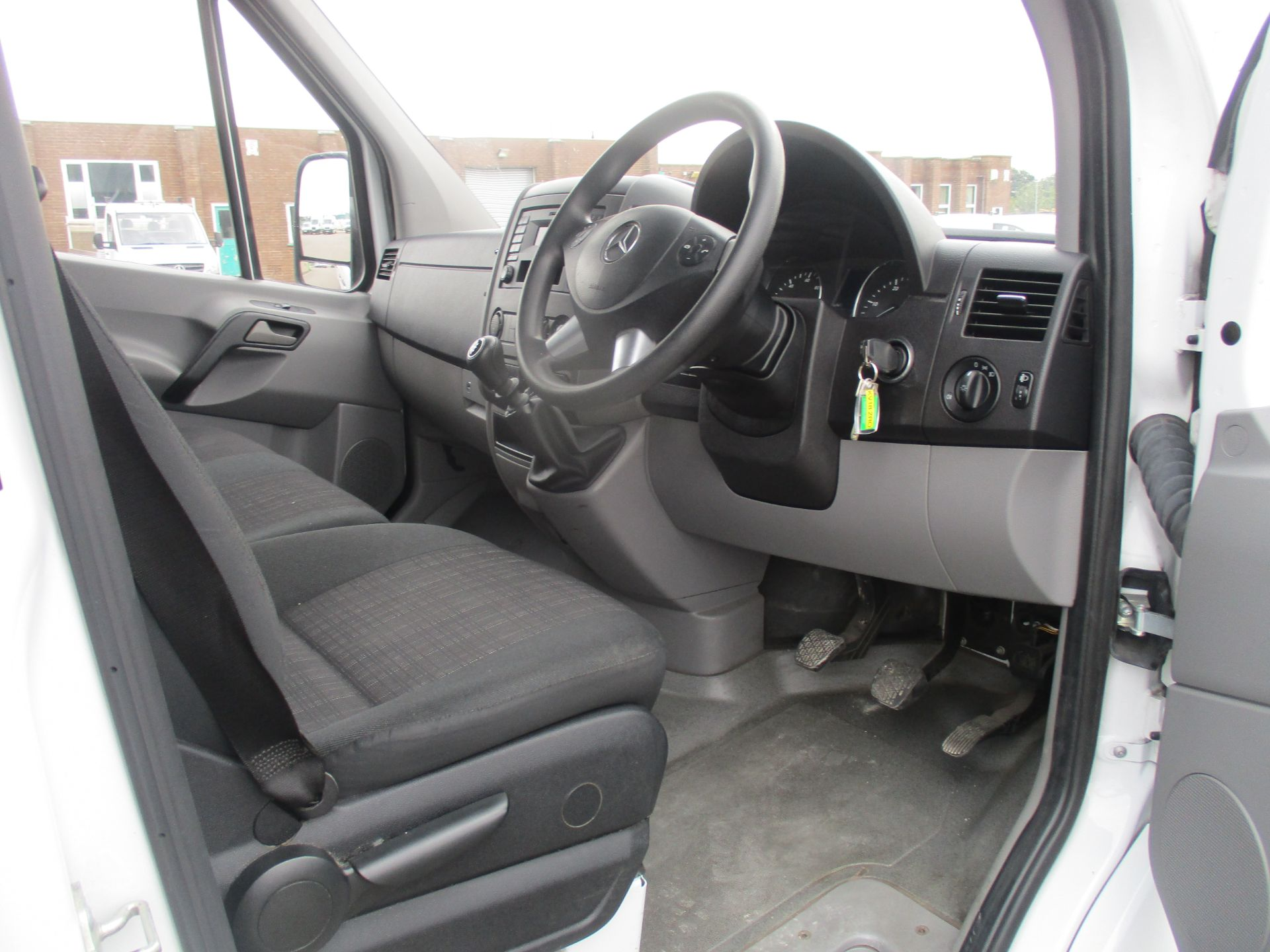 2018 Mercedes-Benz Sprinter 314 LWB H/R VAN EURO 6 (KV18ZRO) Image 8