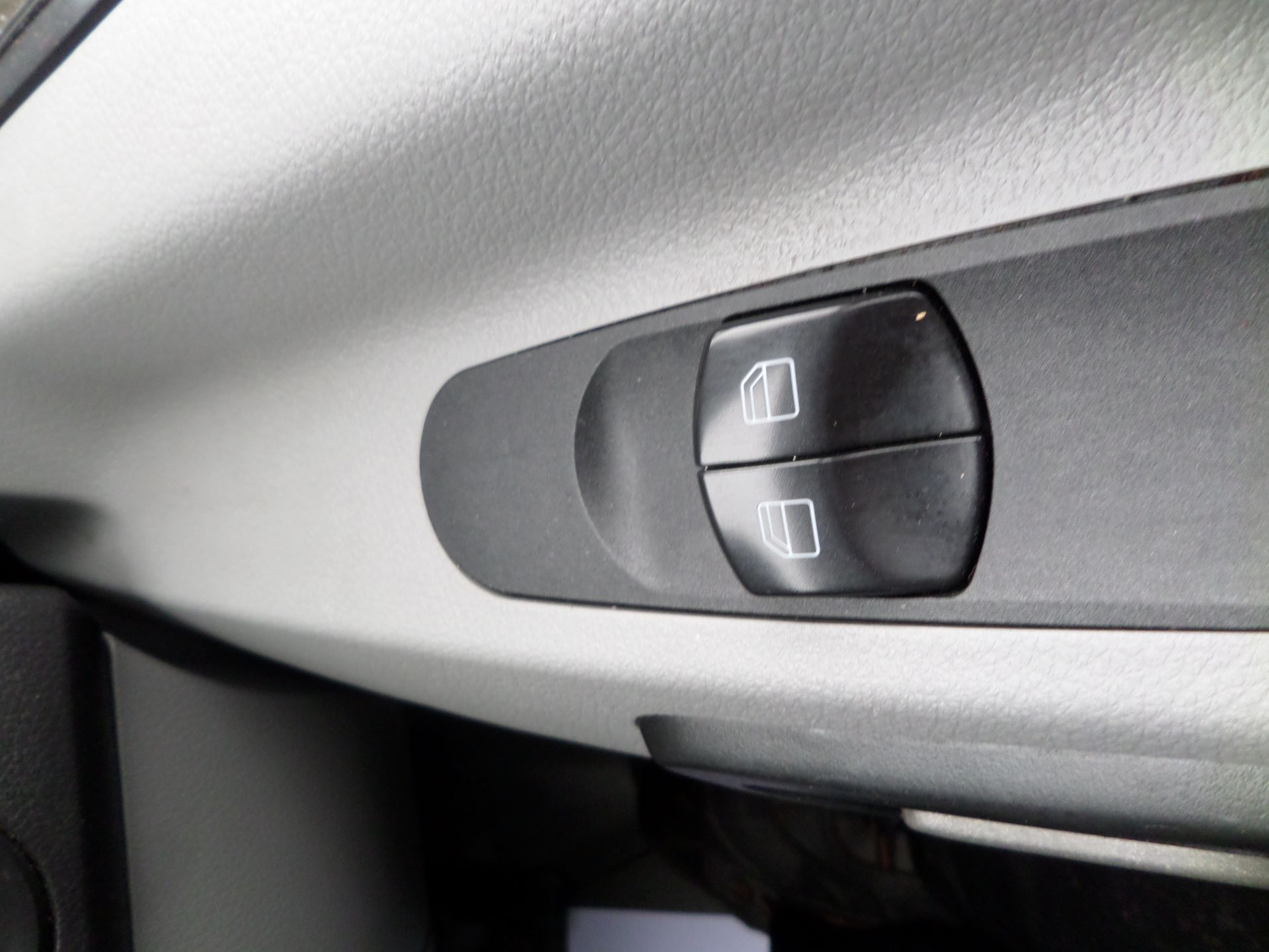 2018 Mercedes-Benz Sprinter 314 LWB Euro 6 (KV18ZSG) Image 15