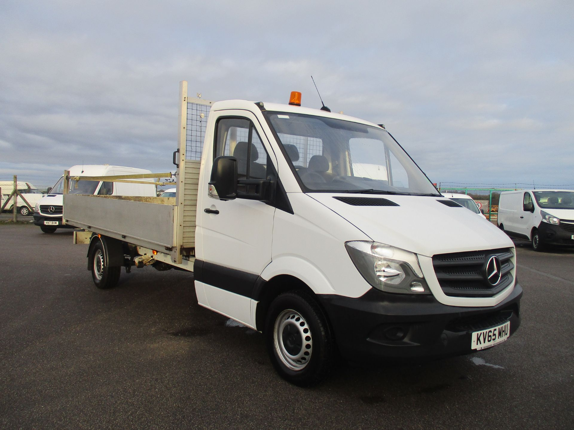 2016 Mercedes-Benz Sprinter 313 LWB DROP SIDE EURO 5 (KV65MHU)