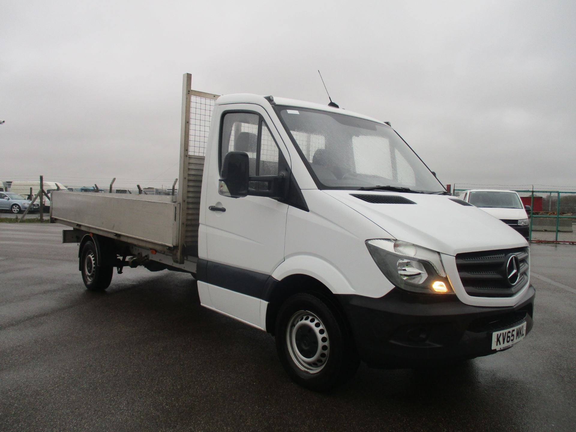 2016 Mercedes-Benz Sprinter 313 LWB DROP SIDE EURO 5 (KV65MKL)