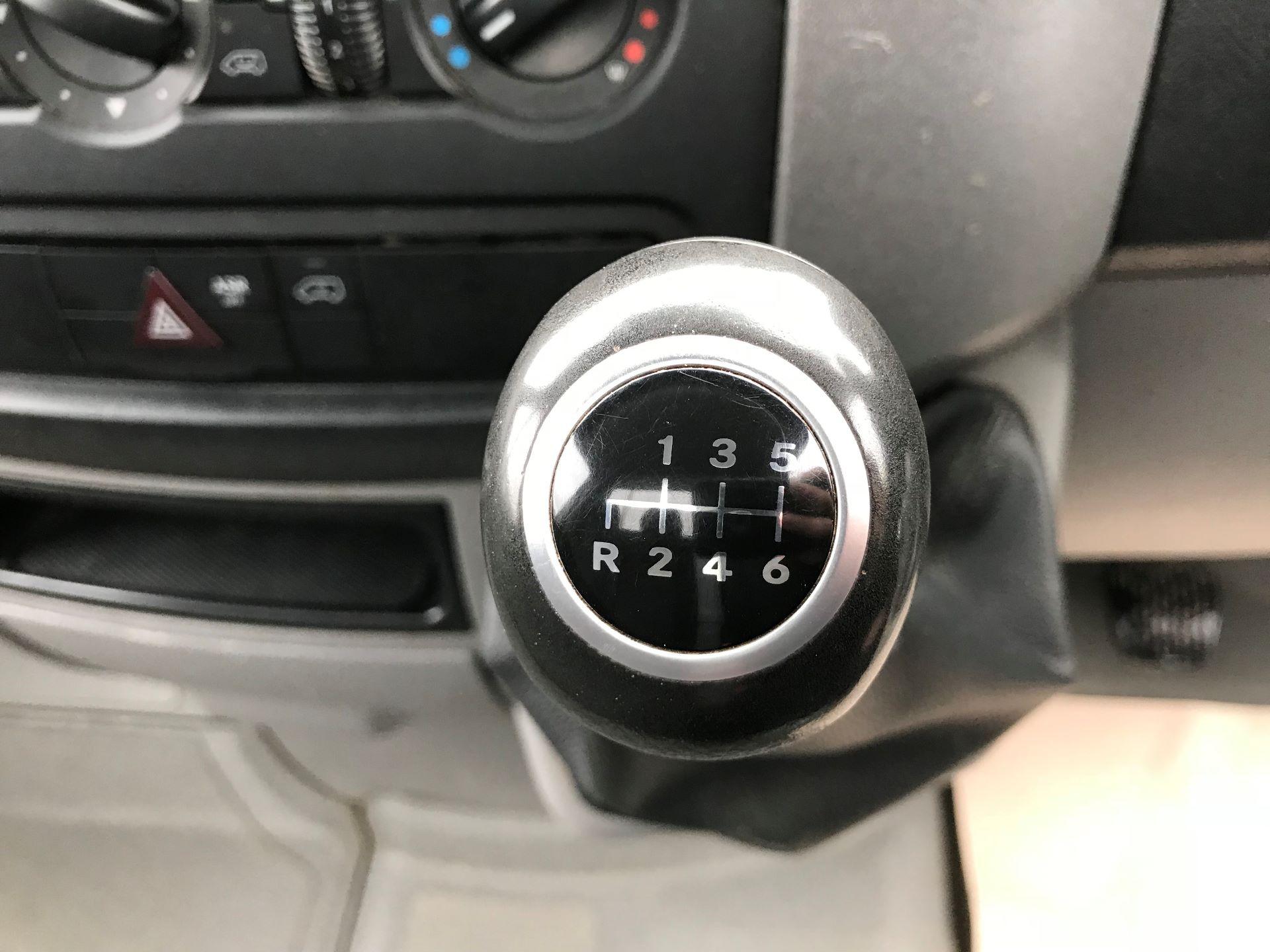 2016 Mercedes-Benz Sprinter  313 CDI LWB 3.5T DROP SIDE EURO 5 (KV65MOF) Image 4