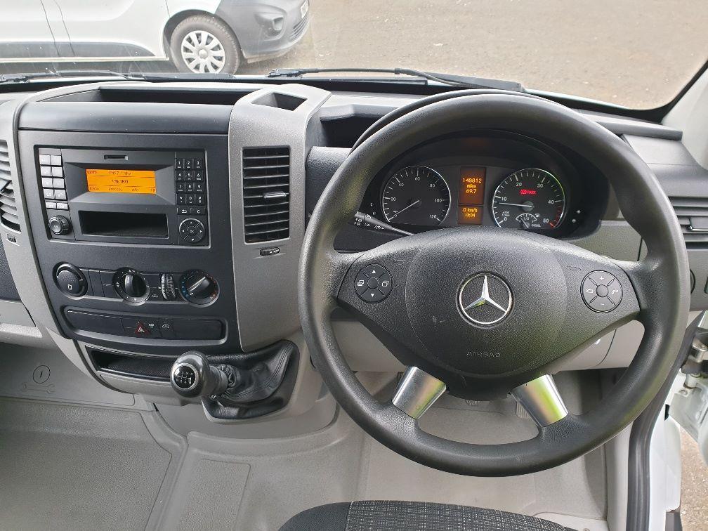 2014 Mercedes-Benz Sprinter 313 LWB LONG LUTON EURO 5 (KW14VDZ) Image 14