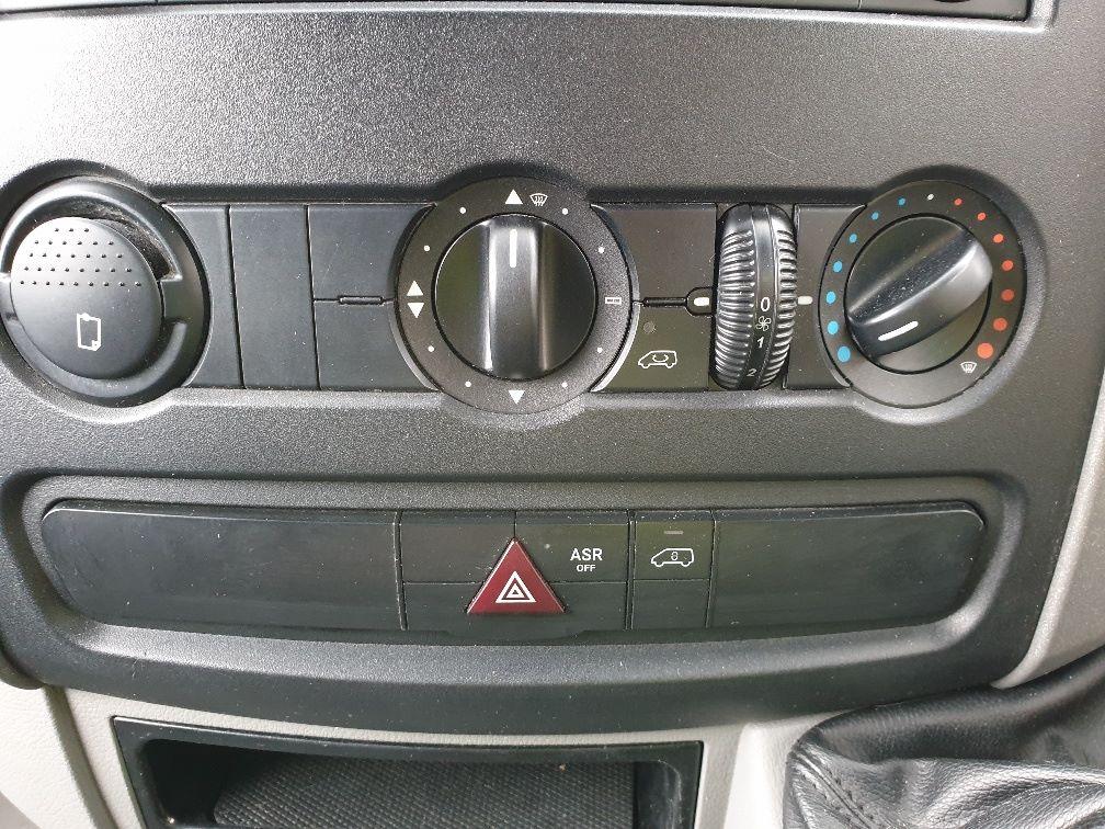 2014 Mercedes-Benz Sprinter 313 LWB LONG LUTON EURO 5 (KW14VDZ) Image 23