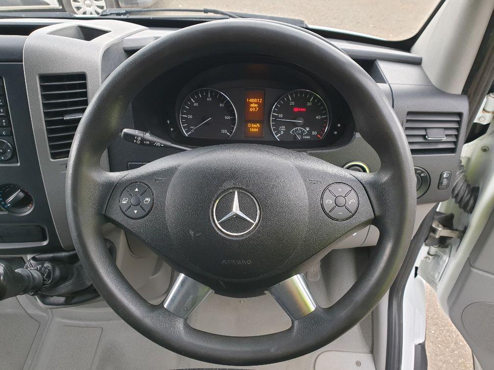 2014 Mercedes-Benz Sprinter 313 LWB LONG LUTON EURO 5 (KW14VDZ) Image 15