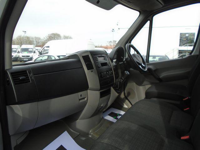 2016 Mercedes-Benz Sprinter  313 MWB H/R EURO 5 129PS (KW16XFT) Image 17