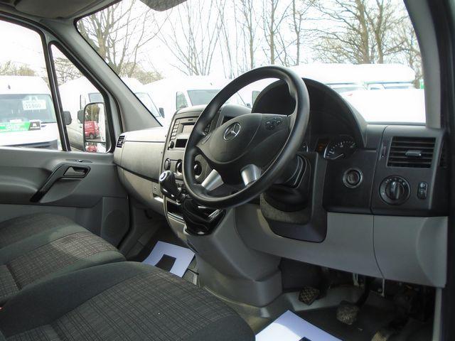 2016 Mercedes-Benz Sprinter  313 MWB H/R EURO 5 129PS (KW16XFT) Image 18