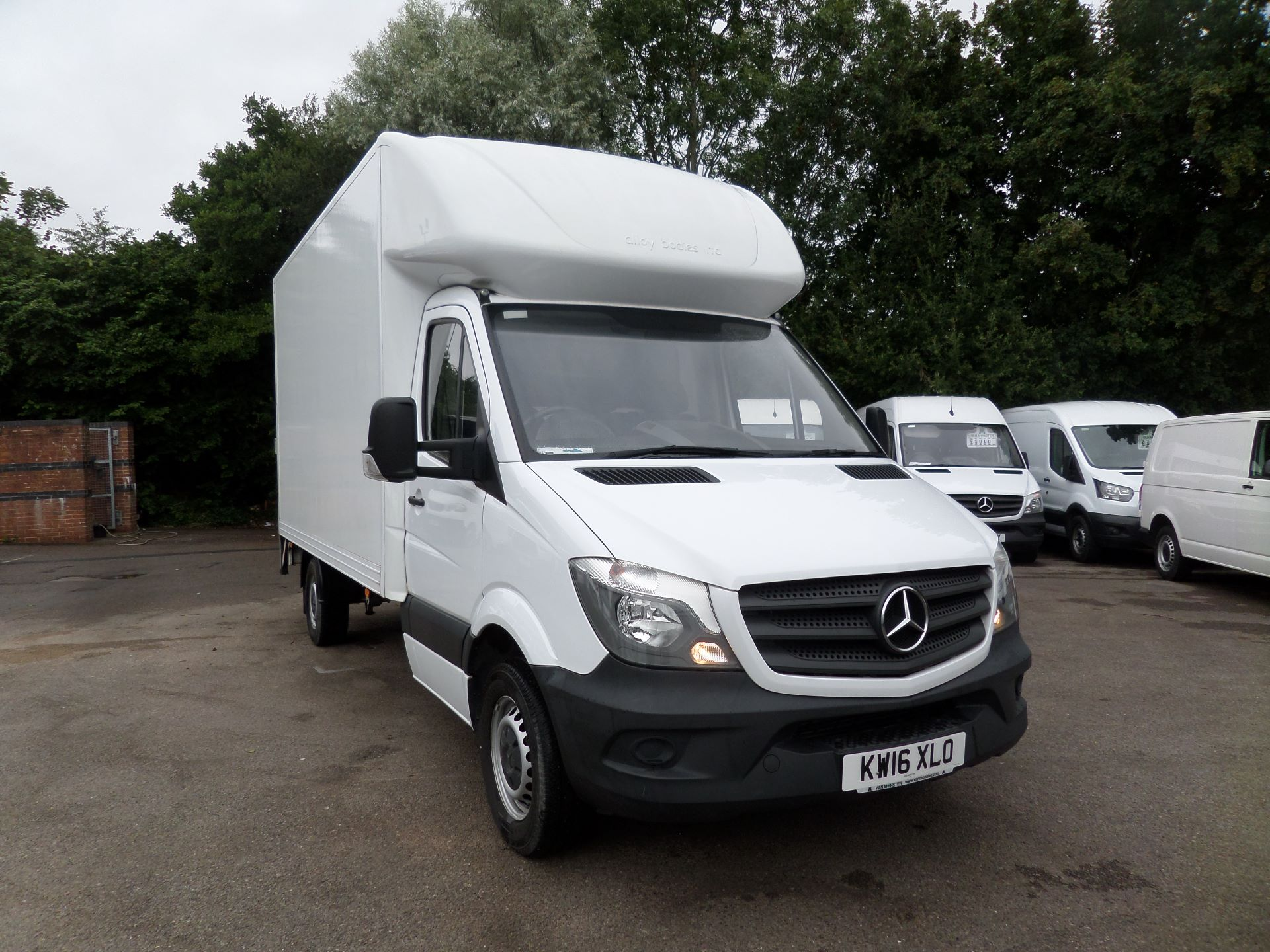 2016 Mercedes-Benz Sprinter 313 Luton Tail lift Euro 5 (KW16XLO)